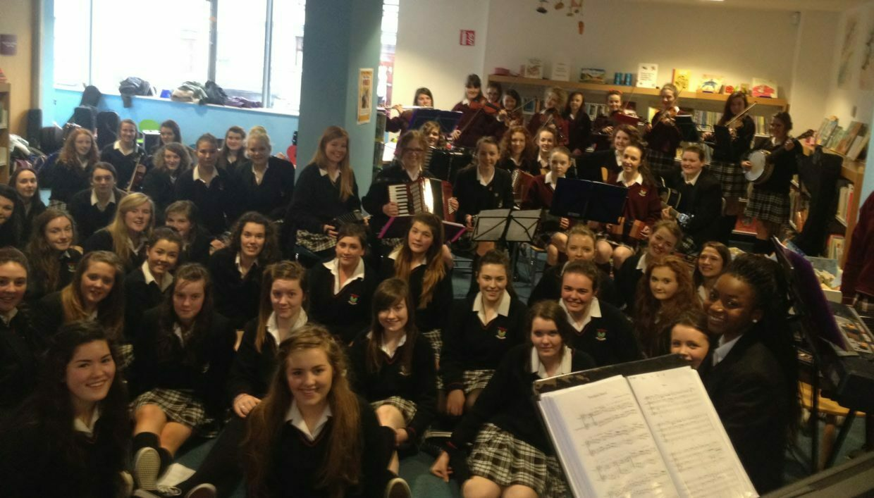 The Currylea School of Music Ensemble and the Transition Year Choir at the Soundbites session in Tuam library